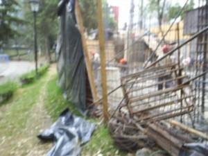 La obra invadió terreno propiedad del Parque Hundido.