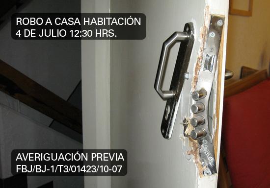 Robo en colonia Extremadura Insurgentes, un domingo a medio día